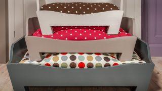 カラフルなデザインドッグベッド/Raised Wooden Dog Bed