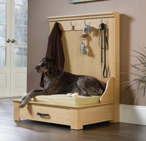 Woodworking Entryway Dog Bed