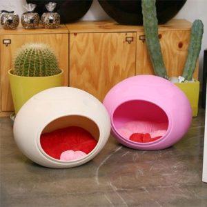 卵型の可愛いドッグベッド/Egg Shape Dog Bed