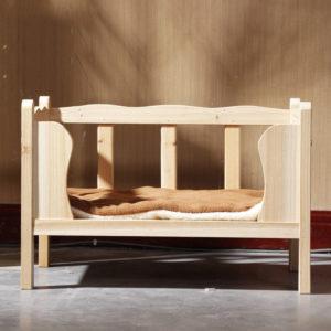 素朴な木製ドッグベッド/Solid Wood Dog Bed